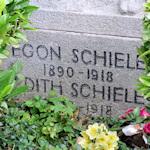 Schiele's grave