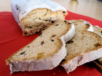 More slices of stollen