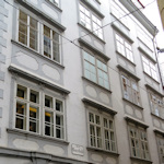 Windows of Mozartwohnung