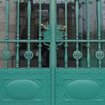 Weltmuseum gates