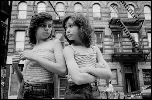 Susan Meiselas; Dee and Lisa on Mott Street. Little Italy, New York City, USA, 1976; © Susan Meiselas / Magnum Photos