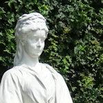 Statue of Sisi