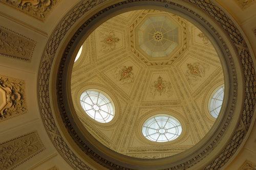 The dome above the naturla history museum café; photo © NHM Wien, Kurt Kracher