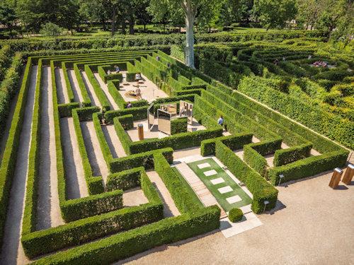 Schönbrunn Palace maze and labyrinth © Schloss Schönbrunn Kultur und Betriebsges.m.b.H., Severin Wurnig